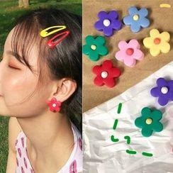 Pouffle - 软陶花朵耳饰