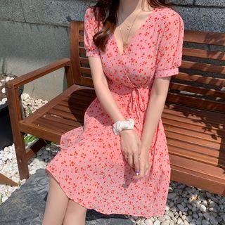 Leoom - Short-Sleeve Floral A-Line Dress
