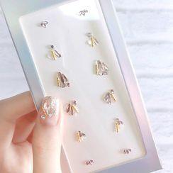 Kaliwoo - Snowflake Faux Pearl Nail Art Decoration