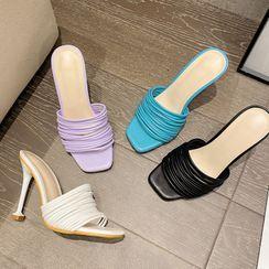 KICKOFF - Strappy Flared Heel Sandals