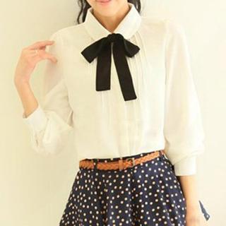 Mori Girls - 長袖飾蝶結褶襇襯衫