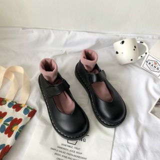Stevvi - Plain Round-Toe Mary Jane Shoes