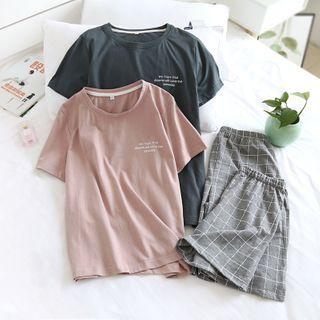 Dogini - Pajama Set: Short-Sleeve T-Shirt + Plaid Shorts