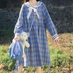 AKANYA - Plaid Long-Sleeve Shift Dress