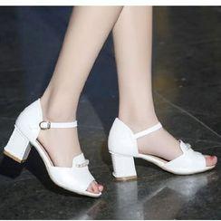 Freesia - 仿珍珠粗跟涼鞋