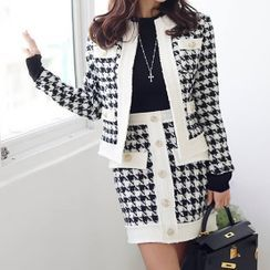 Yilda - Set: Houndstooth Cardigan + Mini Fitted Knit Skirt