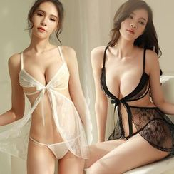 Hotty - Lingerie Set: Lace Babydoll + Thongs