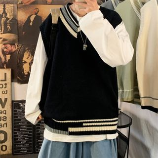 Oakjam - V-Neck Knit Vest