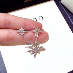 Athora - Asymmetrical Rhinestone Star Drop Earring
