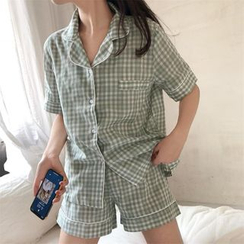 Gecko - Set: Pajama Plaid Short-Sleeve Shirt + Shorts