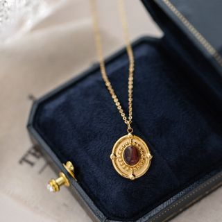 MOMENT OF LOVE - Cat Eye Stone Disc Pendant Necklace